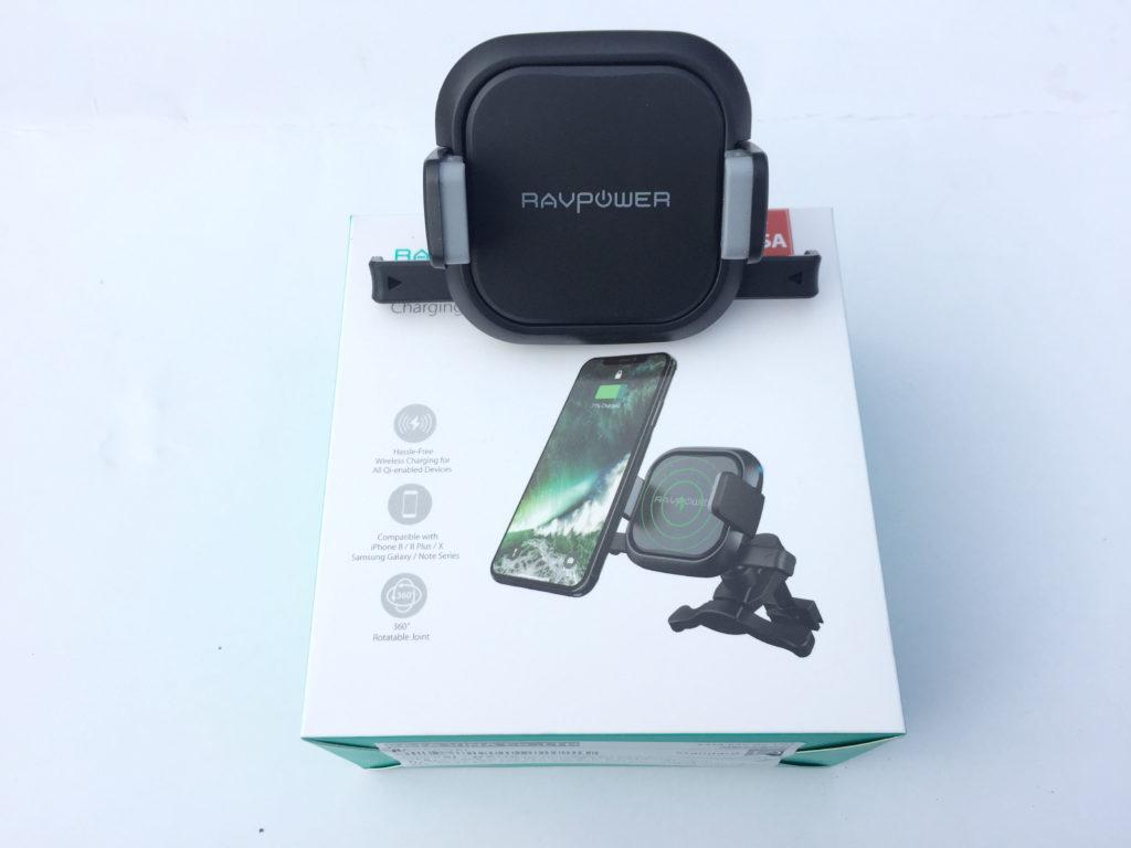 Sạc điện thoại không dây trên ô tô RAVPower