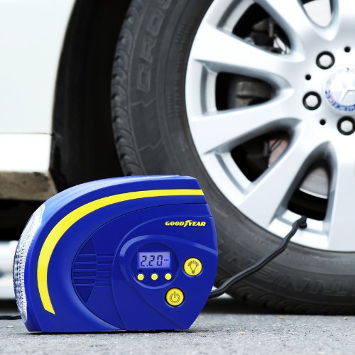 Bơm lốp ô tô GoodYear GY-2504