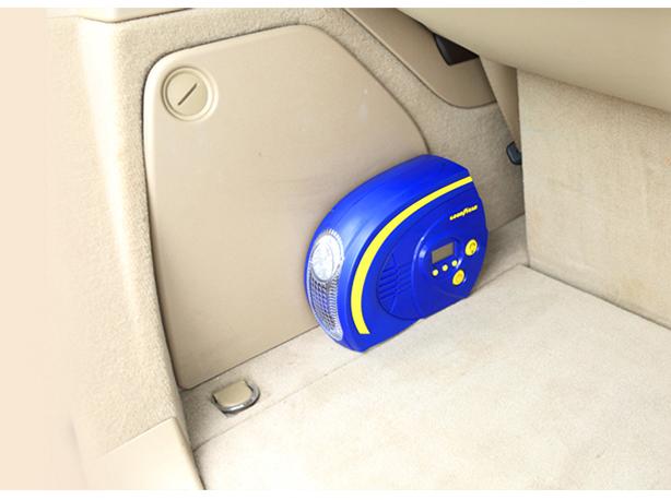 Bơm lốp ô tô mini GoodYear